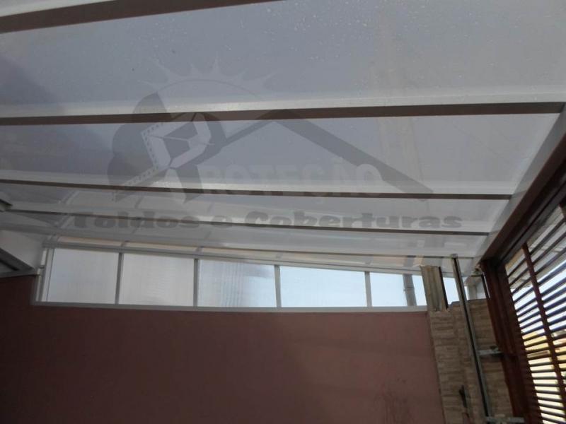 Coberturas de Policarbonato em Garagem Itapevi - Cobertura de Policarbonato Fumê