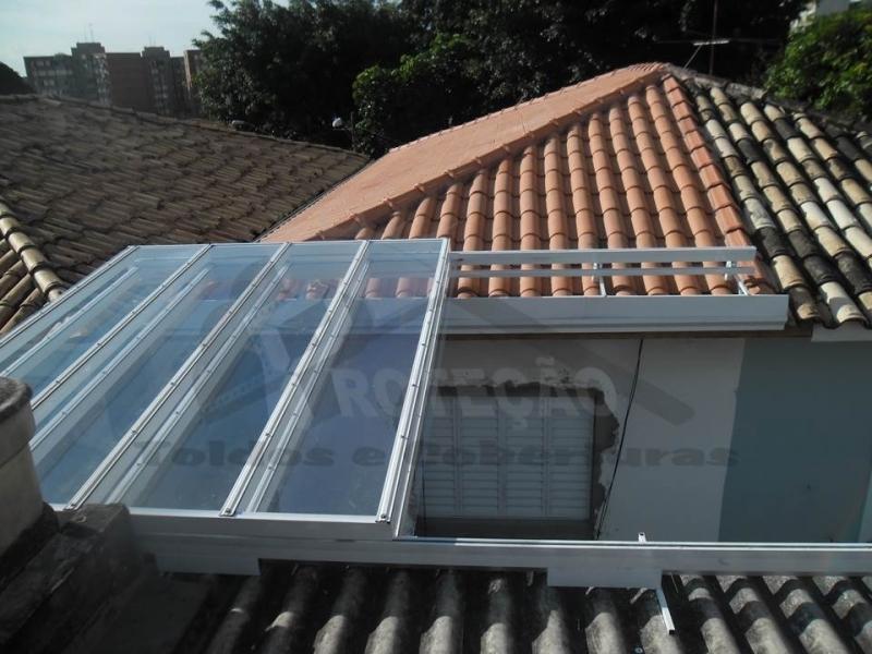 cobertura de policarbonato retrátil para janelas Cajamar