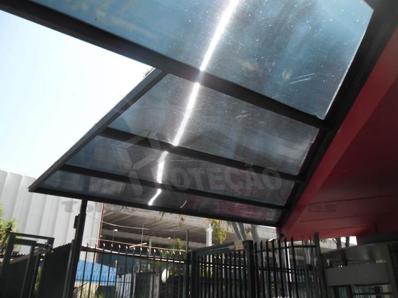 cobertura de policarbonato retrátil para lavanderia Rio Pequeno