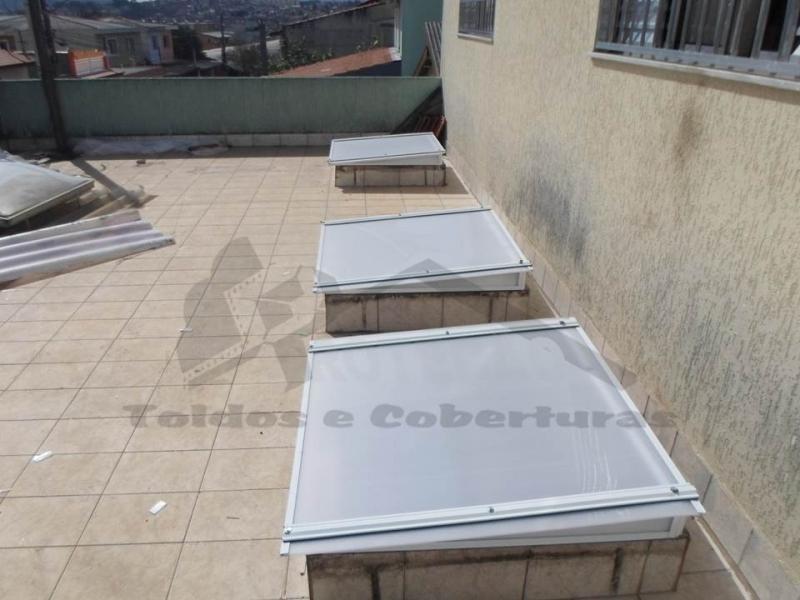 cobertura de policarbonato retrátil para piscina  preço Taboão da Serra