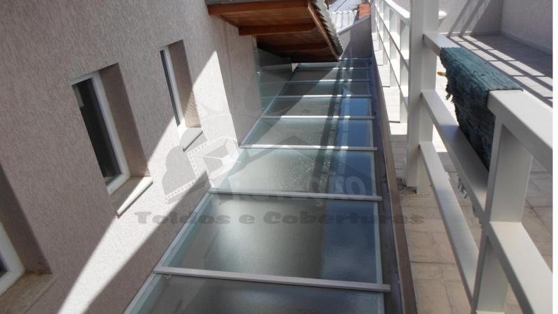 coberturas de policarbonato retrátil