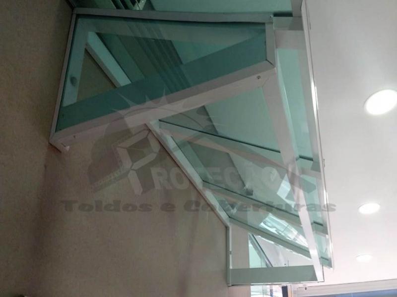 coberturas policarbonato compacto retrátil Cursino