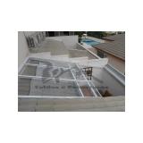 manutenção de cobertura de policarbonato abre e fecha