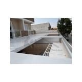 manutenção de cobertura de policarbonato retrátil