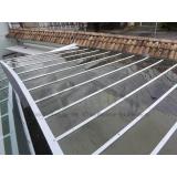 manutenção de cobertura de policarbonato