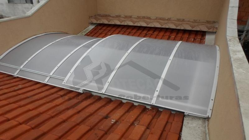 quanto custa cobertura de policarbonato retrátil para jardim de inverno Ibirapuera