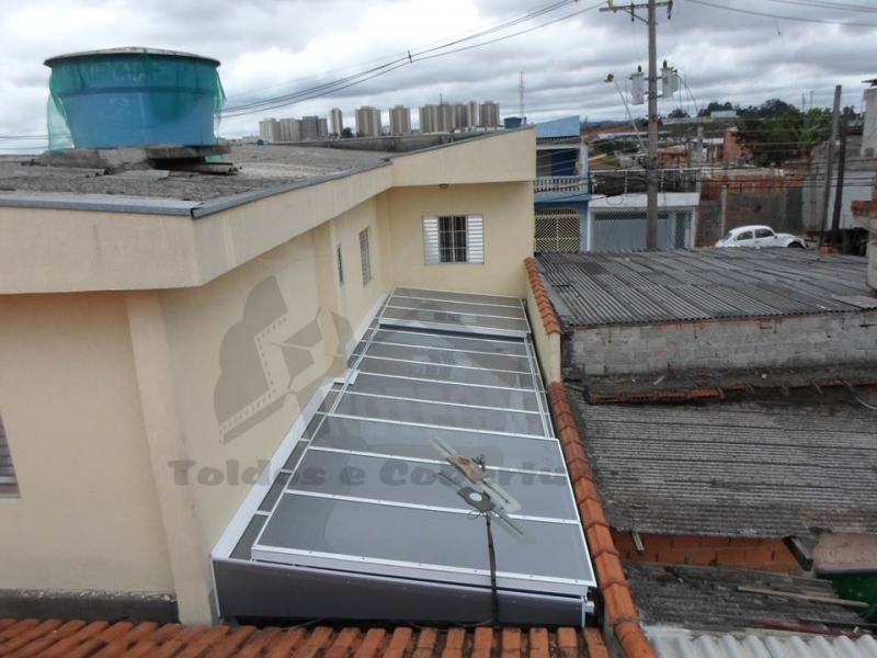 quanto custa cobertura de policarbonato retrátil para piscina Jardim São Luiz