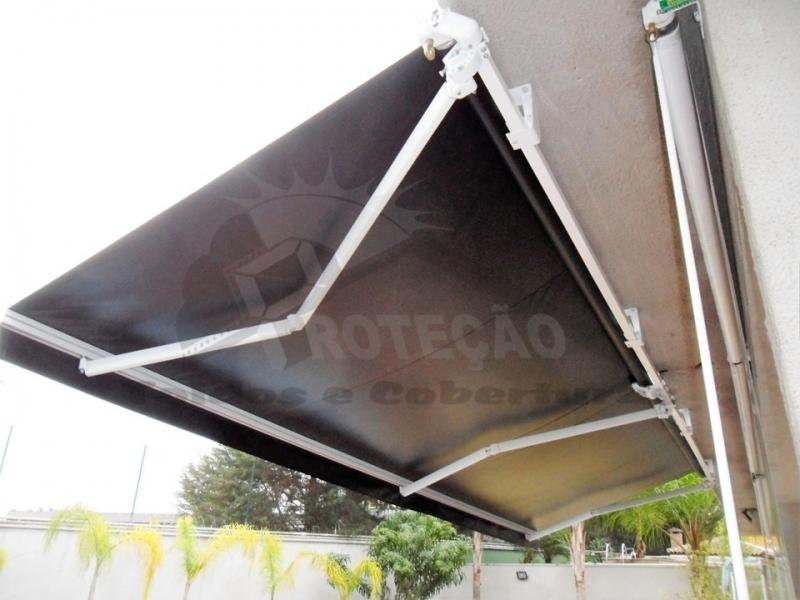 toldo articulado em alumínio Campo Grande