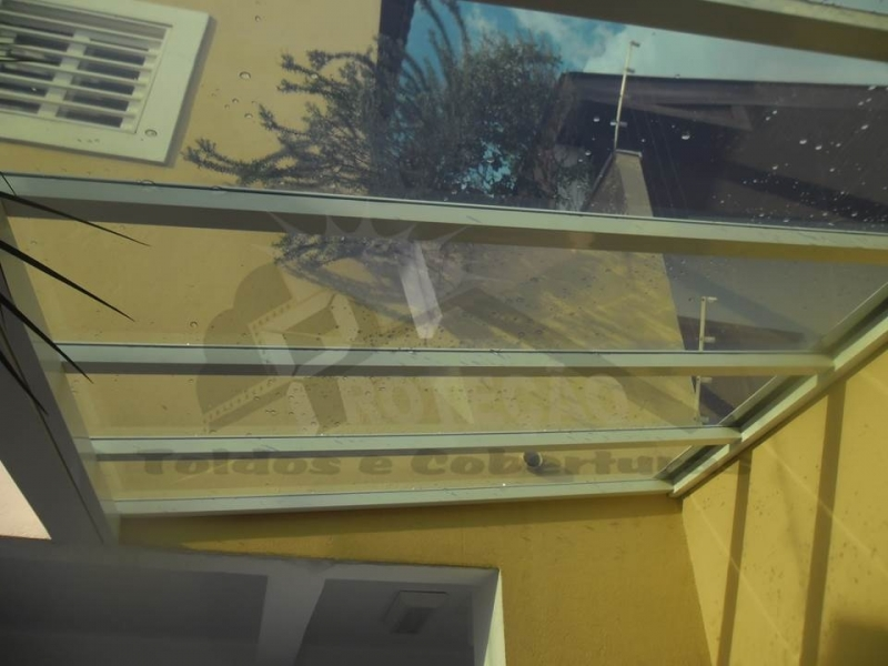 toldo articulado para porta de entrada Vila Medeiros
