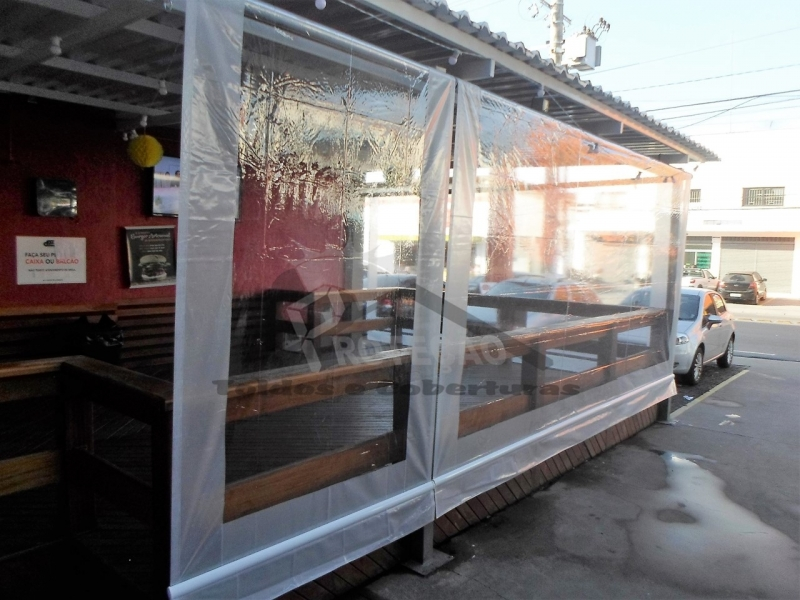 venda de cobertura de policarbonato retrátil para piscina Sacomã
